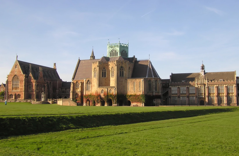 Clifton College Upper School, Bristol, England (photo credit: WIKIMEDIA COMMONS/ARPINGSTONE)