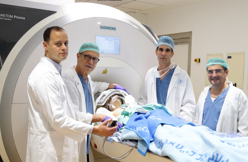Doctors at Tel Aviv Sourasky Medical Center (photo credit: LIOR TSUR / SOURASKY)