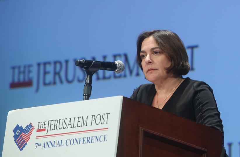 Caroline Glick speaks at The Jerusalem Post Annual Conference, April 29, 2018 (photo credit: MARC ISRAEL SELLEM/THE JERUSALEM POST)