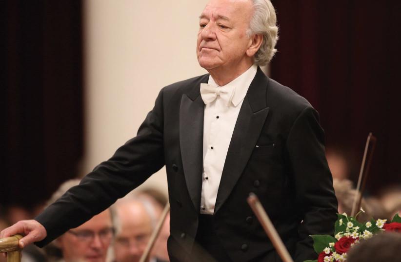 Yuri Temirkanov (photo credit: STAS LEVSHIN)