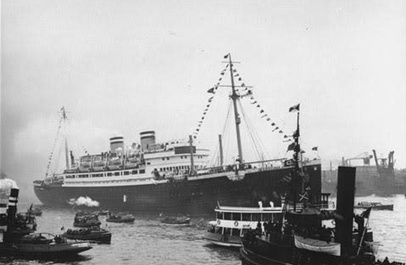 The MS St. Louis at the port of Hamburg, Germany  (photo credit: PUBLIC DOMAIN)