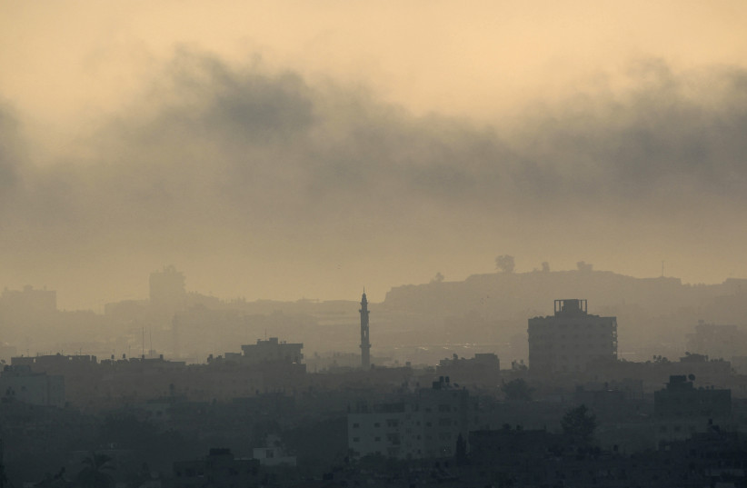 Smoke rises during an Israeli offensive in Gaza August 26, 2014. (photo credit: REUTERS)