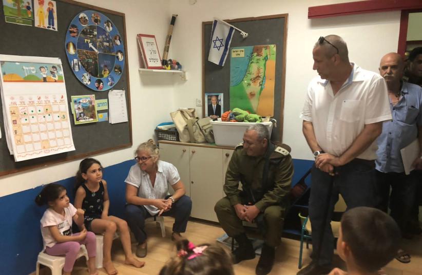 IDF Chief of Staff Lt.- Gen. Gadi Eisenkot visited kindergarten in southern Israel (photo credit: ESHKOL REGIONAL COUNCIL)