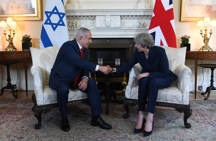 Prime Minister Benjamin Netanyahu meets with British Prime Minister Theresa May in London on Wednesday, June 6, 2018 (photo credit: HAIM ZACH/GPO)