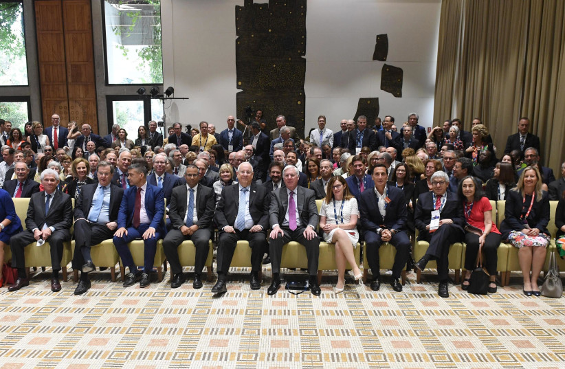 President Reuven Rivlin (center) meets members of the AJC Global Forum, June 10th, 2018. (photo credit: Mark Neiman/GPO)