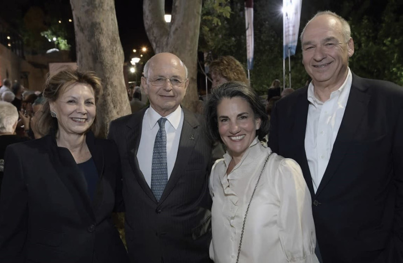 From left, Liora and Mickey Federmann; and Tamar and Harel Beit-On (photo credit: BRUNO SHARVIT)