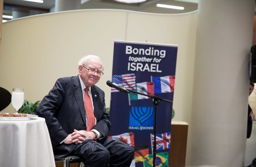 WARREN BUFFETT at the Israel Bonds event (photo credit: DAVID RADLER)
