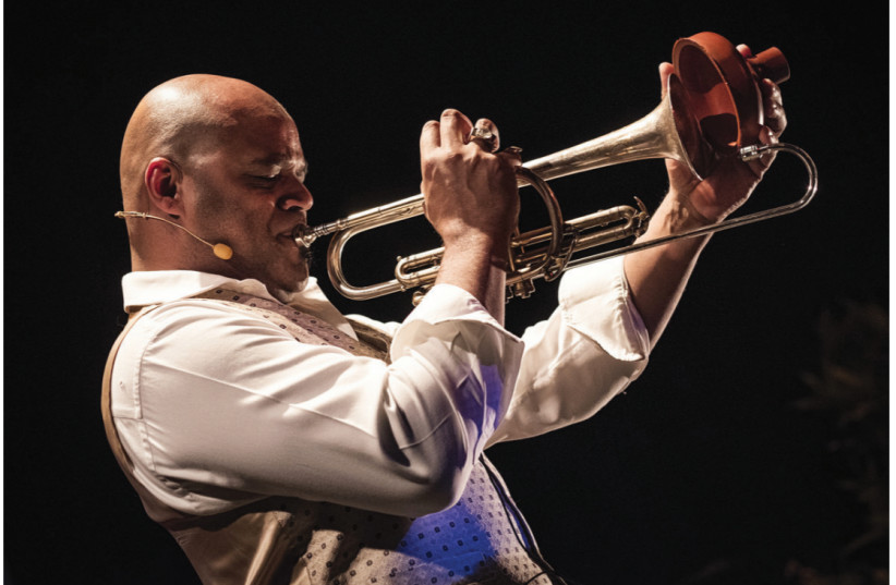 MICHAEL VAREKAMP will pay tribute to Louis Armstrong (photo credit: PIET GISPEN)