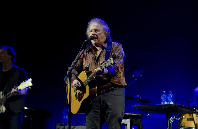 Don McLean performs live at the Ra'anana Ampiteater, June 16, 2018. (photo credit: YOSSI VAKNIN)