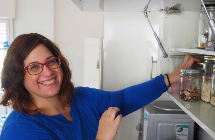 Rebekah Saltzman teaches how to live the decluttered life, sustainably (photo credit: RIVKAH NAOMI GREEN)