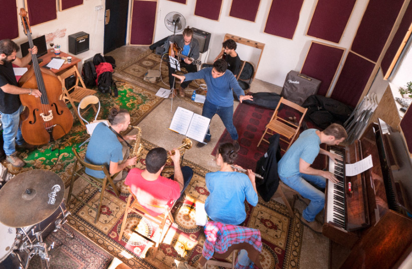 Jazz pianist Omri Mor puts his students through their collective pace (photo credit: EDEN KALIF)
