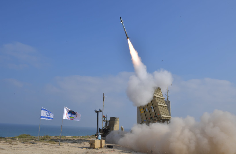 Iron Dome testing  (photo credit: MINISTRY OF DEFENSE SPOKESPERSON'S OFFICE)