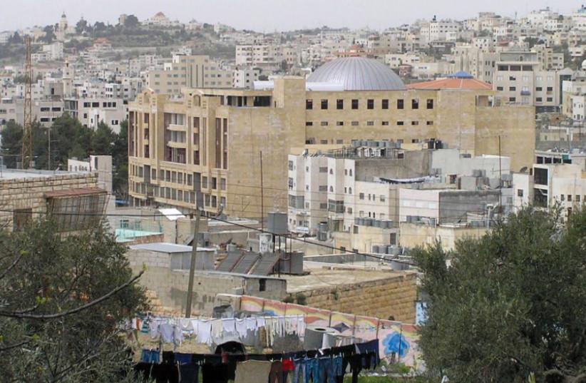 Downtown Hebron (photo credit: Wikimedia Commons)