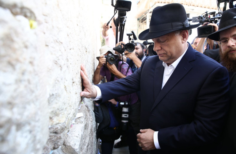 Hungarian Prime Minister Viktor Orban visits the Western Wall as part of his trip to Israel (photo credit: HILEL MEIR/TPS)