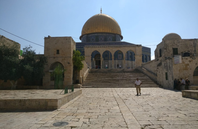 The temple mount on the Ninth of Av, July 22, 2018. (photo credit: TNS)