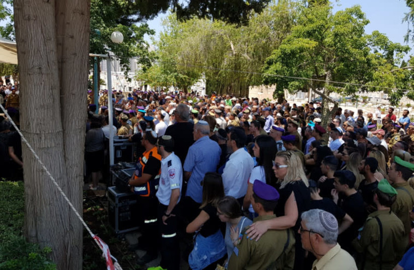 St.-Sgt. Aviv Levi funeral, July 22, 2018 (photo credit: ALON HACHMON)