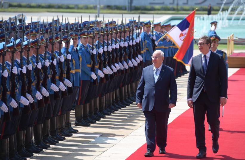 Israel's President Reuven Rivlin and Serbia's President Alexander Vucic in Belgrade, July 26, 2018 (credit: AMOS BEN-GERSHOM/GPO)