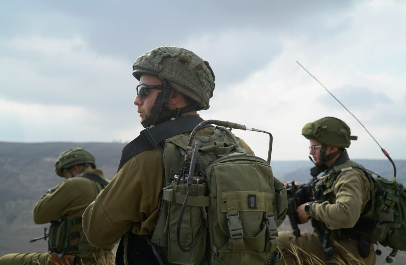 IDF troops scour area in southern Golan Heights following IAF airstrike on armed Islamic State militants who approached Israel's border (photo credit: IDF SPOKESPERSON'S UNIT)