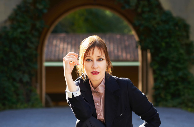 Suzanne Vega returns to Israel for two shows August 8, 2018. (photo credit: GEORGE HOLZ)