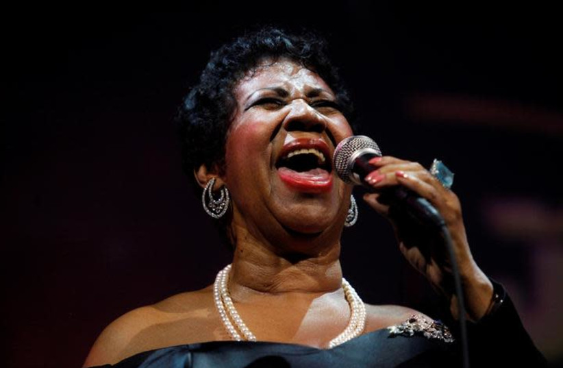 Singer Aretha Franklin performs at the Candie's Foundation 10th anniversary Event to Prevent benefit New York May 3, 2011 (photo credit: REUTERS/ERIC THAYER)