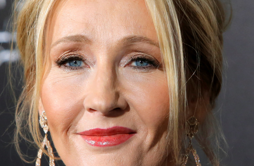 """Author J.K. Rowling attends the premiere of """"Fantastic Beasts and Where to Find Them"""" in Manhattan, New York, U.S., November 10, 2016 (photo credit: ANDREW KELLY / REUTERS)"""