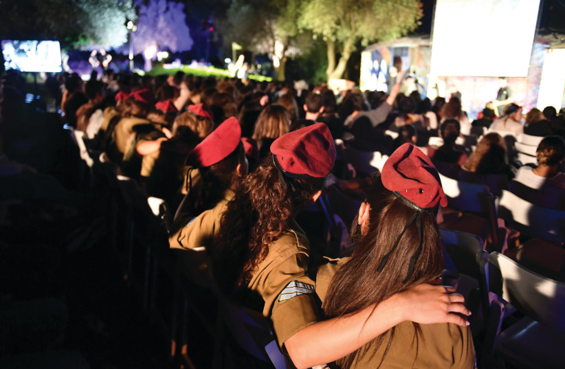 SOLDIERS SING slihot on the lawn outside the synagogue at the President's Residence. (photo credit: KOBI GIDEON/GPO)