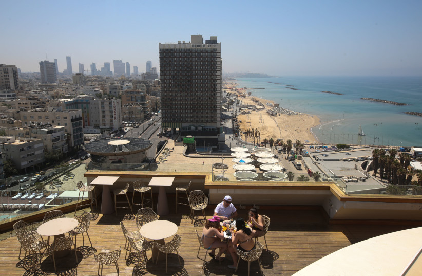 View of Tel Aviv beach from rooftop of Carlton Hotel (photo credit: JERUSALEM POST ARCHIVE)