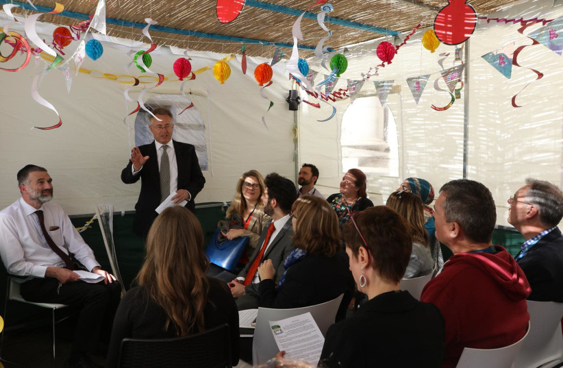 British Foreign Office erects a Sukkah for first time in its History (photo credit: BRITISH EMBASSY IN ISRAEL)