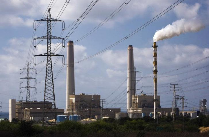 A power station is seen in the southern Israeli city of Ashdod August 8, 2011 (photo credit: AMIR COHEN/REUTERS)