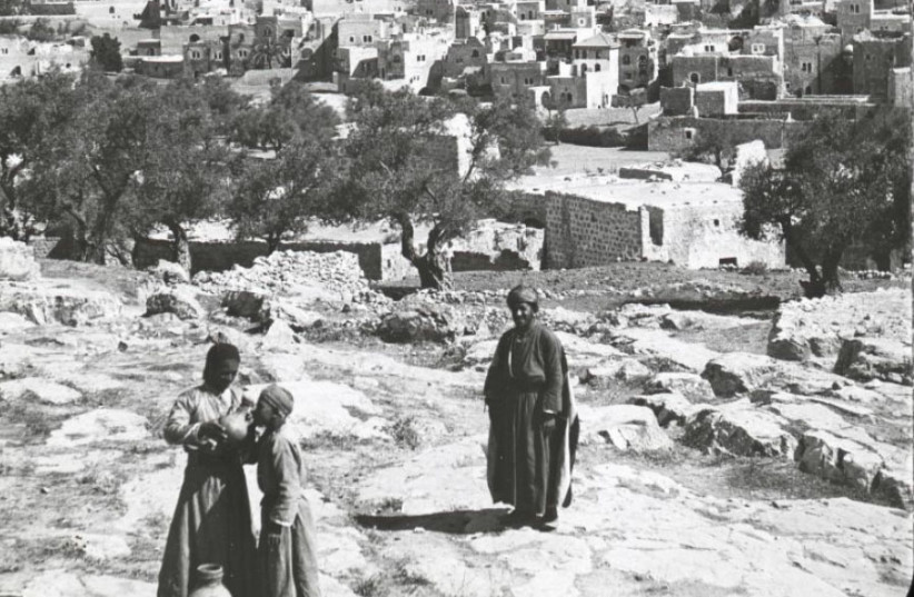 HEBRON IS pictured in a historic lecture booklet, which notes, 'Hebron is very ancient, built originally before Tanis in Egypt. It was David's first capital, and the headquarters of Absalom's rebellion.' (photo credit: OSU SPECIAL COLLECTIONS/FLICKR)