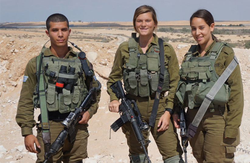 BARDELAS SOLDIERS near the Egyptian-Israel border: 'We do something different every day.' (photo credit: SETH J. FRANTZMAN)