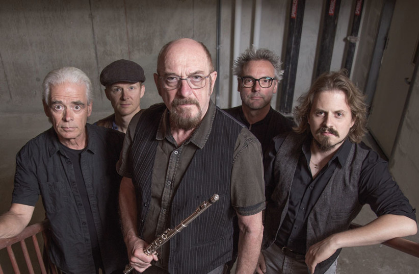 JETHRO TULL, with Ian Anderson in the center. (photo credit: LATAM WINDSOR)