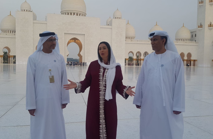 Miri Regev (C) visits Abu Dhabi's Sheikh Zayed Grand Mosque, October 29, 2018 (photo credit: Courtesy)