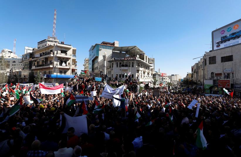 Palestinians protest against Blinken's visit to Ramallah