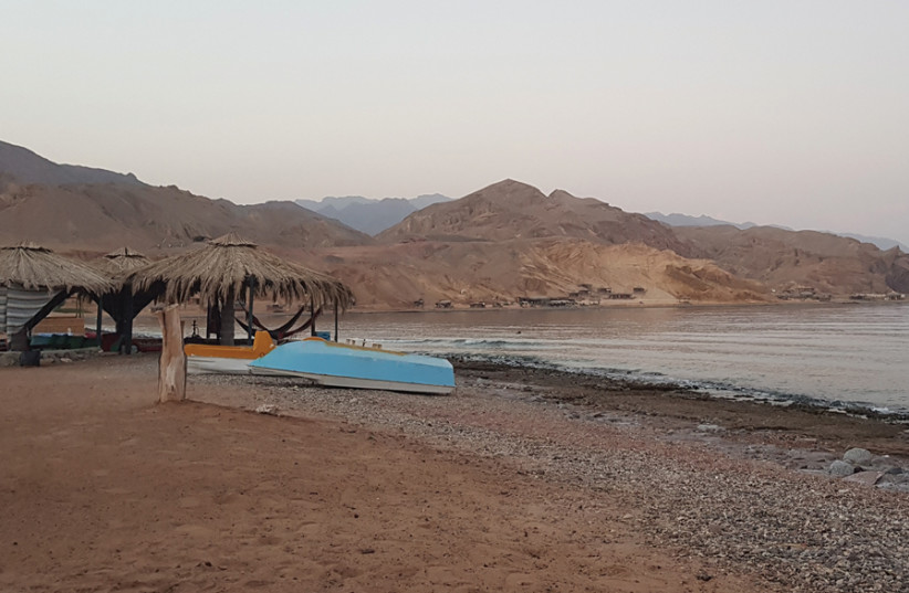 FREEDOM BEACH Camp in Magane Bay is a popular spot for Israelis in Sinai. (photo credit: STEVE LINDE)