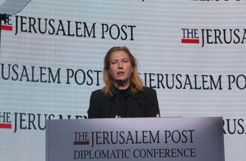 Opposition leader Tzipi Livni  (photo credit: MARC ISRAEL SELLEM/THE JERUSALEM POST)