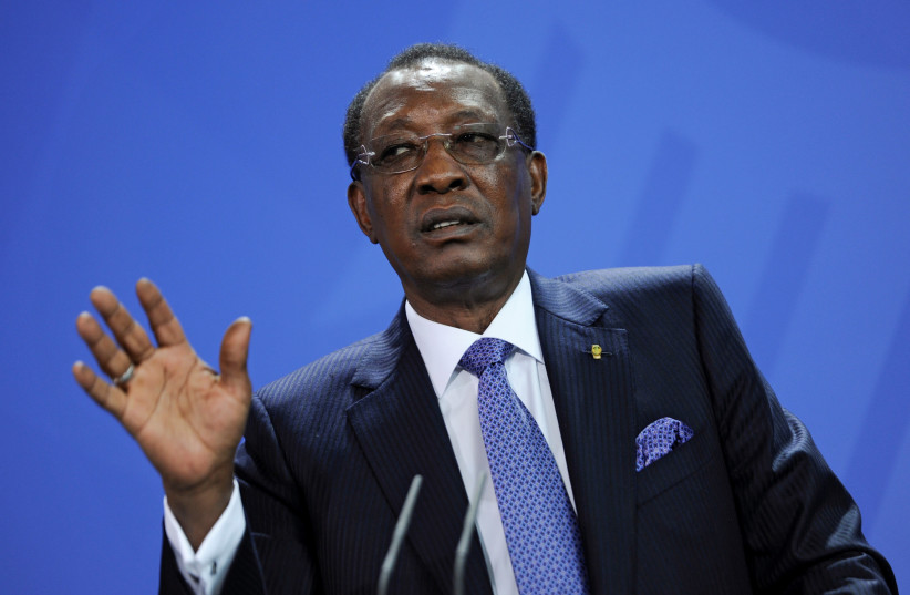 Chad President Idriss Deby addresses the media after a meeting with German Chancellor Angela Merkel at the Chancellery in Berlin, Germany, October 12, 2016 (photo credit: STEFFI LOOS /REUTERS)