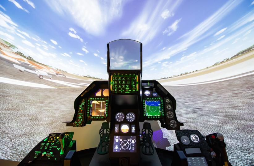 F-16 Flight Simulator (photo credit: IDF SPOKESPERSON'S OFFICE)