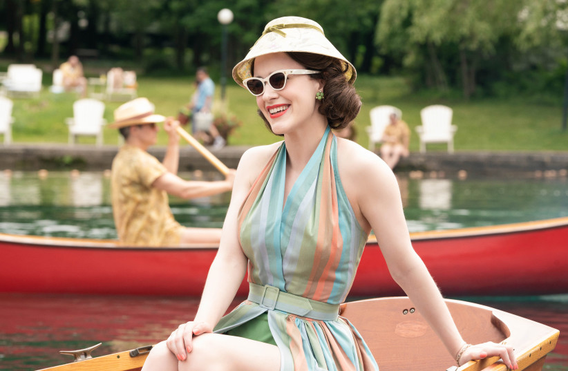 MIDGE MAISEL (Rachel Brosnahan) dazzles in the Catskills in season 2 of 'The Marvelous Mrs. Maisel'  (photo credit: AMAZON PRIME)