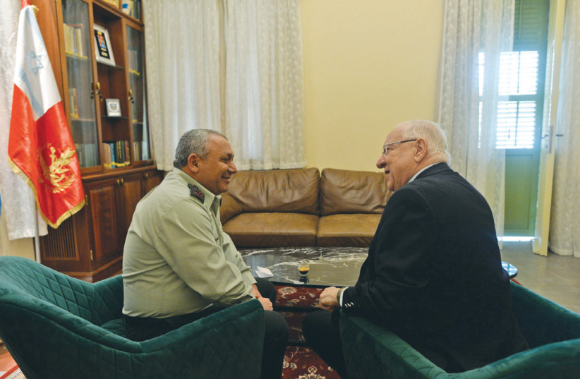 CHIEF OF STAFF Lt.-Gen. Gabi Eisenkot with President Reuven Rivlin in Ben Gurion's house in Tel Aviv (photo credit: KOBI GIDEON/GPO)