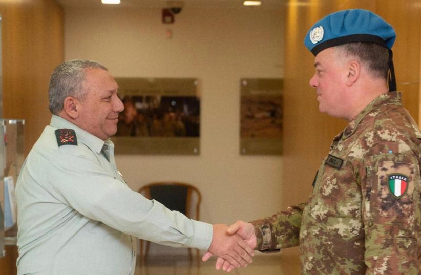 IDF Chief of Staff Gadi Eizenkot and UNIFIL head Maj.-Gen. Stefano Del Col (photo credit: IDF SPOKESPERSON'S UNIT)