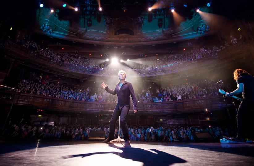 Jon Bon Jovi performing live at an album promo show in London  (photo credit: DAVID BERGMAN)