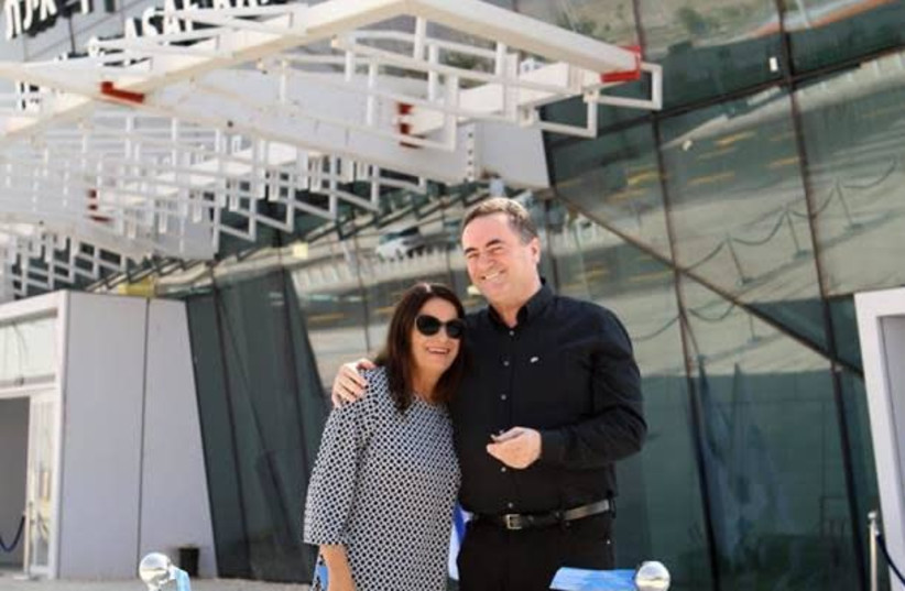 Rona Ramon and Transportation and Intelligence Minister Yisrael Katz at the Ilan and Assaf Ramon Airport, under construction in the Timna Valley (photo credit: SIVAN FARAJ)