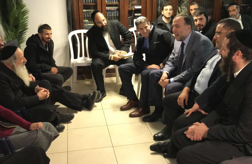 President's and Jerusalem mayor's visit falled soldier. (photo credit: NAHAL HAREDI ORGANIZATION)