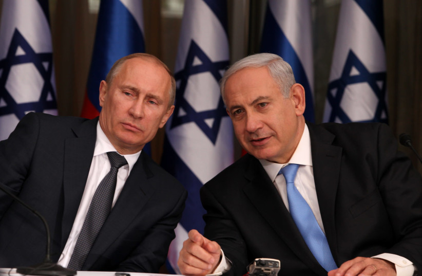 Russian President Vladimir Putin (L) and Prime Minister Benjamin Netanyahu (R) (photo credit: MARC ISRAEL SELLEM/THE JERUSALEM POST)