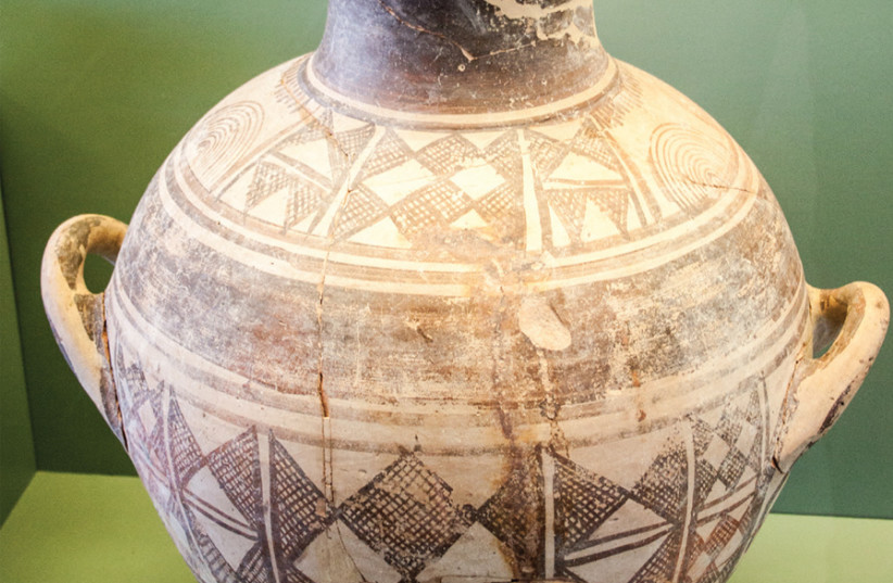 A WARRIOR'S cremation urn, 900-850 BCE, Archaeological Museum of Rhodes. (photo credit: Wikimedia Commons)
