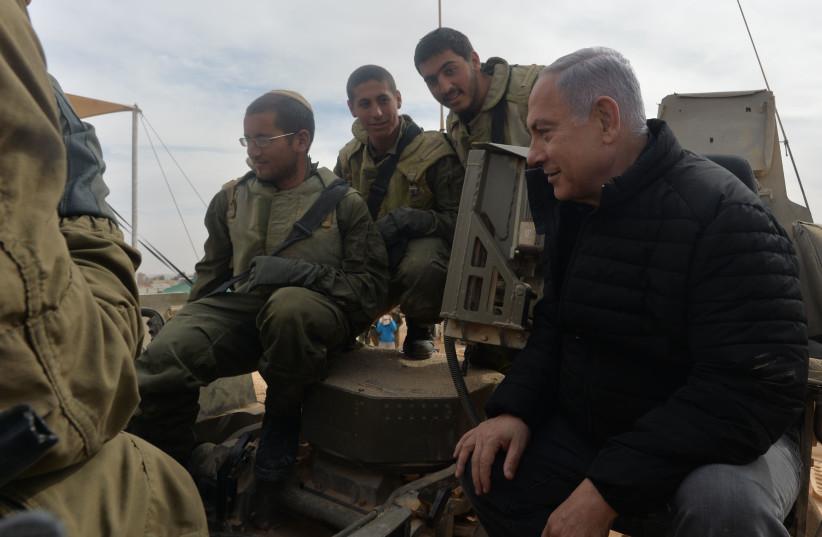 Prime Minister Benjamin Netanyahu visting IDF troops  (photo credit: KOBI GIDEON/GPO)