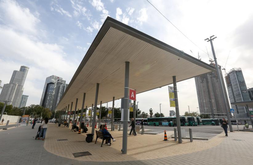 Arlozorov Bus Station in Tel Aviv  (photo credit: MARC ISRAEL SELLEM)