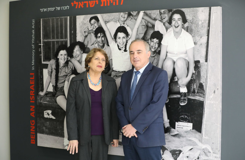 Energy Minister Yuval Steinitz and Aya Ben Naftaly, director of the Massuah International Institute for Holocaust Studies at a memorial for International Holocaust Remembrance Day (photo credit: SAHAR OREN)