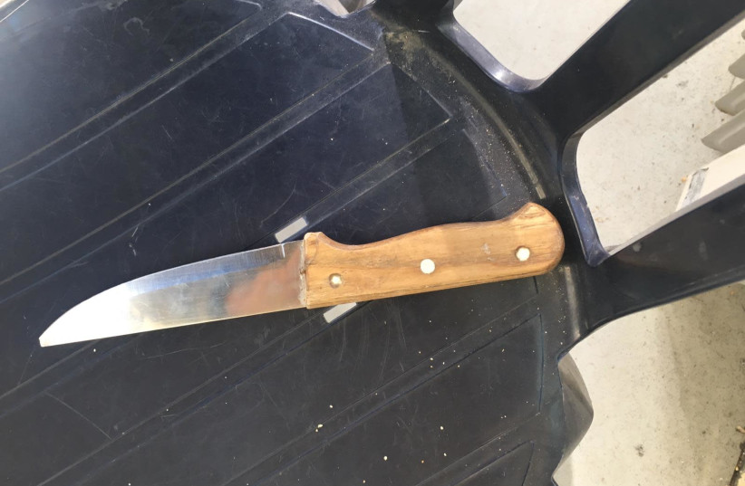 Israeli Border Police thwarted a stabbing attack at the Cave of the Patriarchs in Hebron on Sunday morning. (photo credit: POLICE SPOKESPERSON'S UNIT)